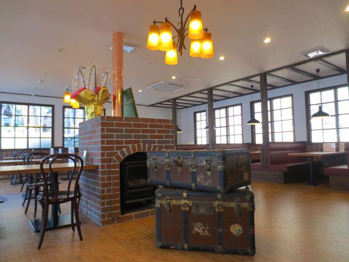 レトロな店内は、金谷ホテルと日光の歴史と伝統を感じさせる空間!