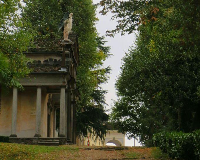 自然に抱かれた聖なる巡礼地「サクロ・モンテ」を歩こう!