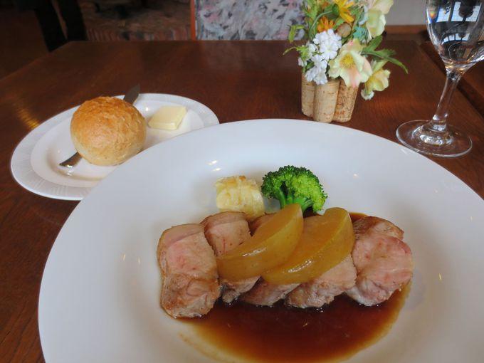 栃木県名産の食材もならぶ豪華ラインナップのメインディッシュ