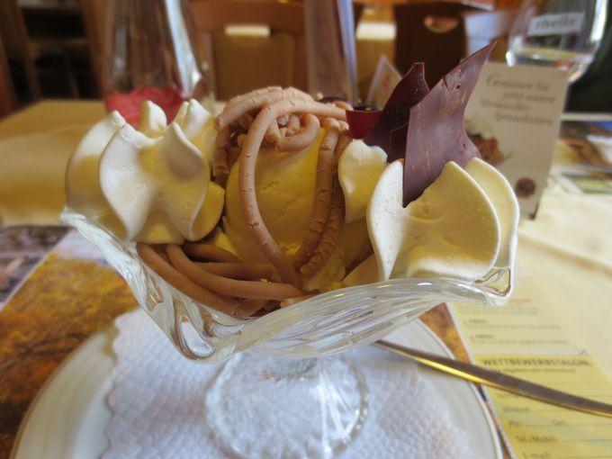 スイス・秋の風物詩「ヴェルミセル」はモンブランのルーツ!
