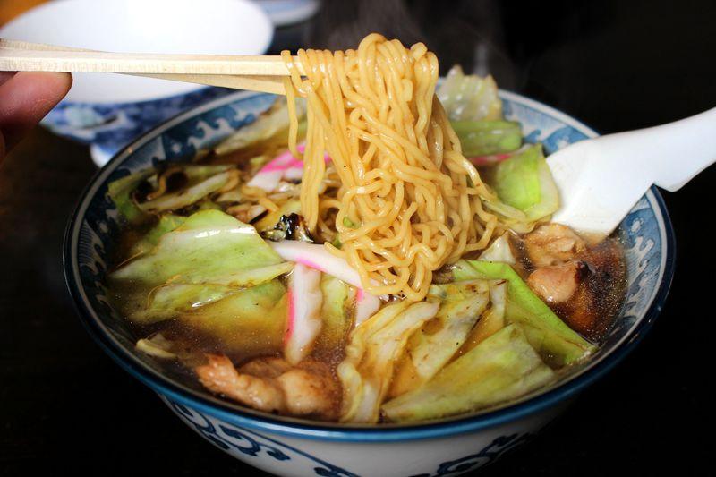 塩原温泉「スープ入り焼きそば」!釜彦&こばや食堂・2大名店を徹底解説!