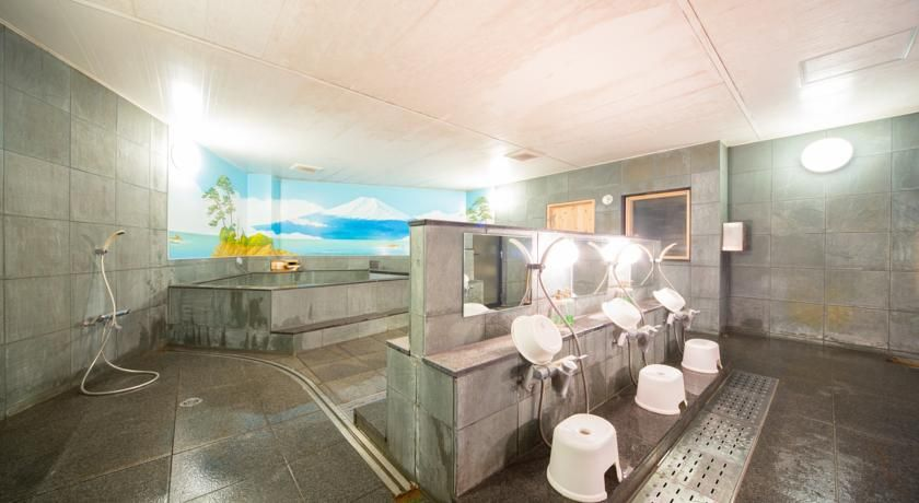 「ゲストハウスWASABI」には銭湯がある?