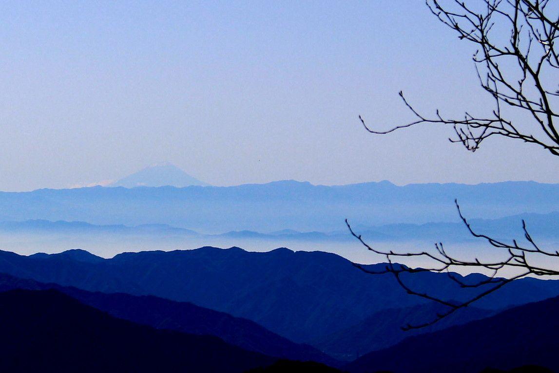 富士山も見える絶景ハイキング