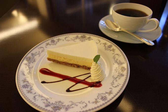 金谷ホテル百年ライスカレー&チーズケーキも