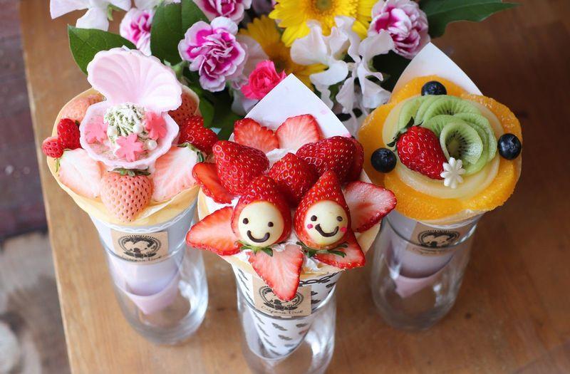 東京「クレープリー チロル」スイーツ女子絶賛!クレープブーケでお花見しちゃお