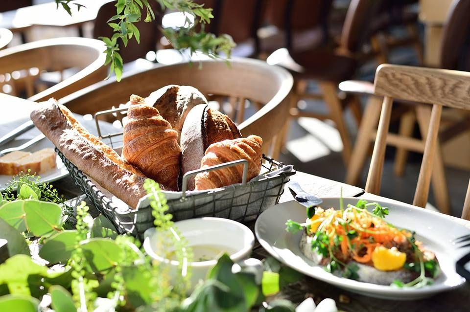 石の町 宇都宮大谷で至福パン&絶品料理「ザ スタンダード ベイカーズ」