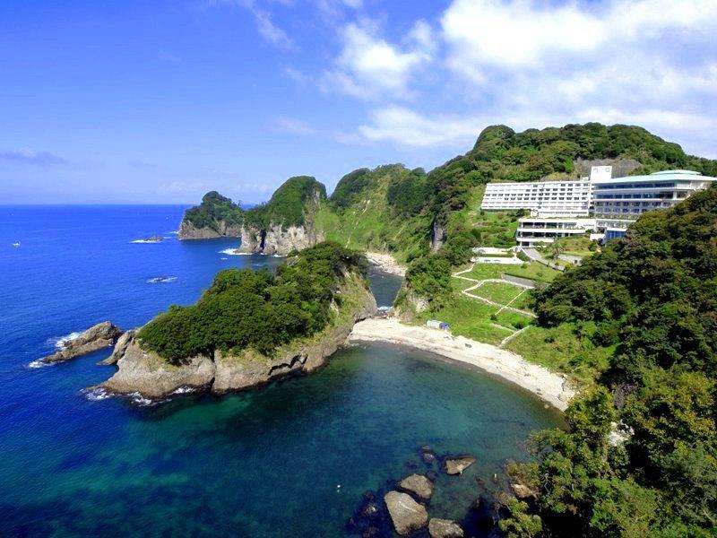 息をのむ絶景!「堂ヶ島ニュー銀水」グルメ・温泉・シュノーケリングも