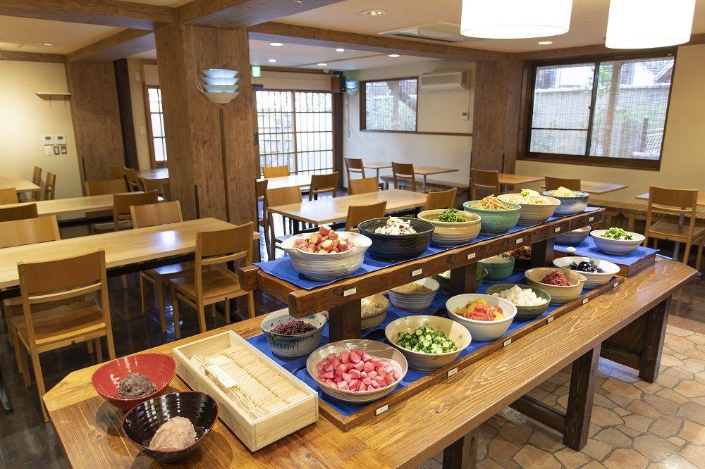 京都・二年坂「阿古屋茶屋」20種の漬物&お茶漬け+最中が食べ放題