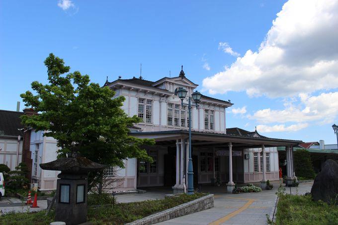 白亜の駅舎!JR日光駅&旧ホーン邸別荘だった「西洋料理 明治の館」