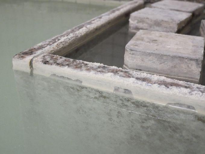 奥日光湯元温泉の濃〜い硫黄泉