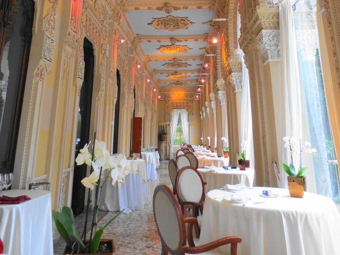 イタリア・湖水地方「ヴィラ・クレスピ」憧れの宮殿ホテルで豪華絢爛グルメな夜を