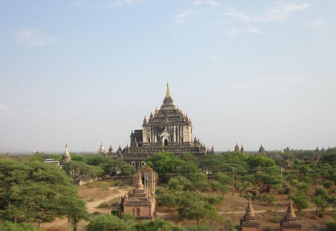 2.タビィニュ寺院