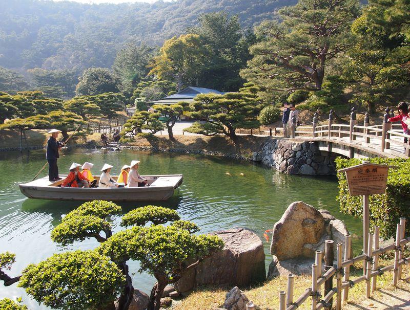 まるで時代劇のような和船!高松「栗林公園」の楽しみ方