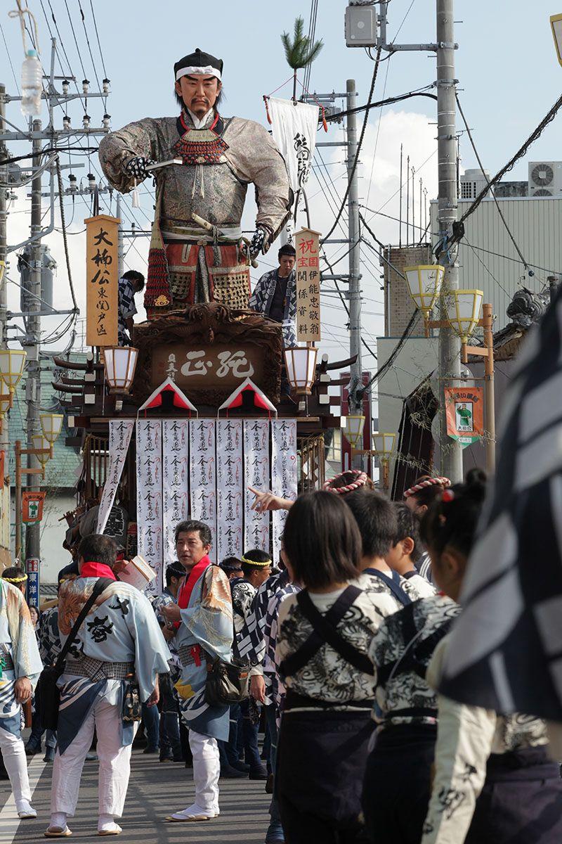 300年の歴史を誇る勇壮な山車祭り