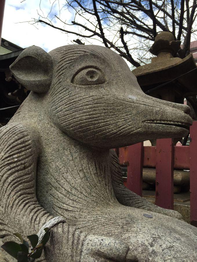 他を抜く「柳森神社」
