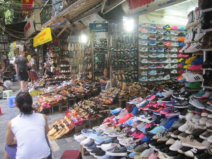 おしゃれは足元から♪ベトナムで買いたいおしゃれサンダルがズラリ