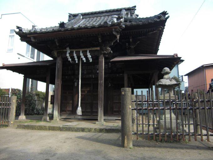 巽神社。源頼朝が特に崇敬すべき祖とした源頼義ゆかりの神社。