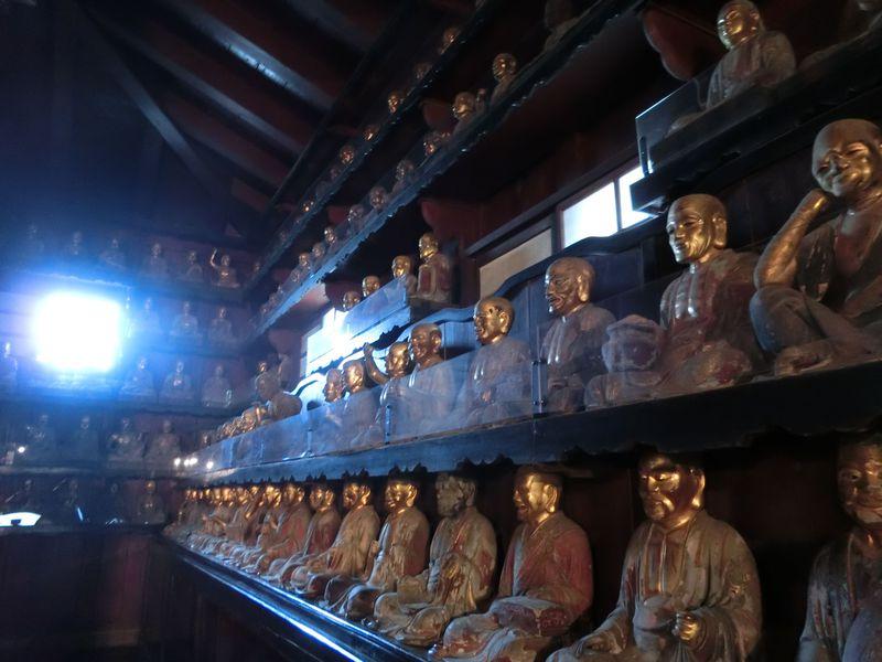 盛岡で羅漢像499体を拝む!旧盛岡城の建築物も残る報恩寺