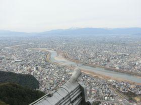 「岐阜城」で360度の絶景パノラマ!好条件なら名古屋市街も一望できる!