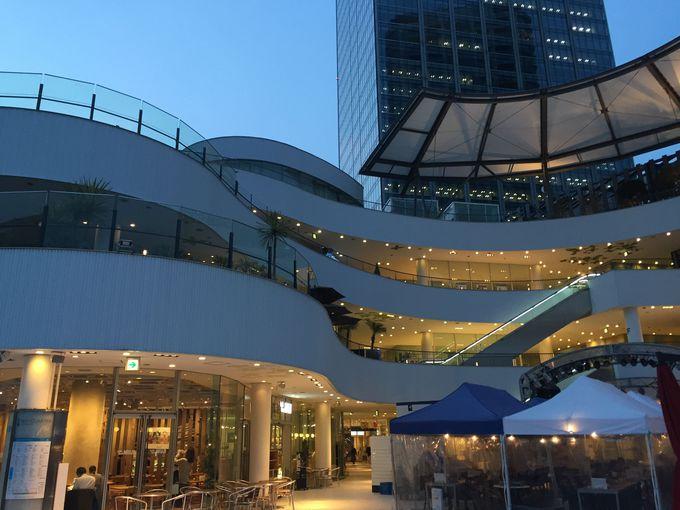 個性豊かなショップがズラリ!「横浜ベイクウォーター」でのんびり休息