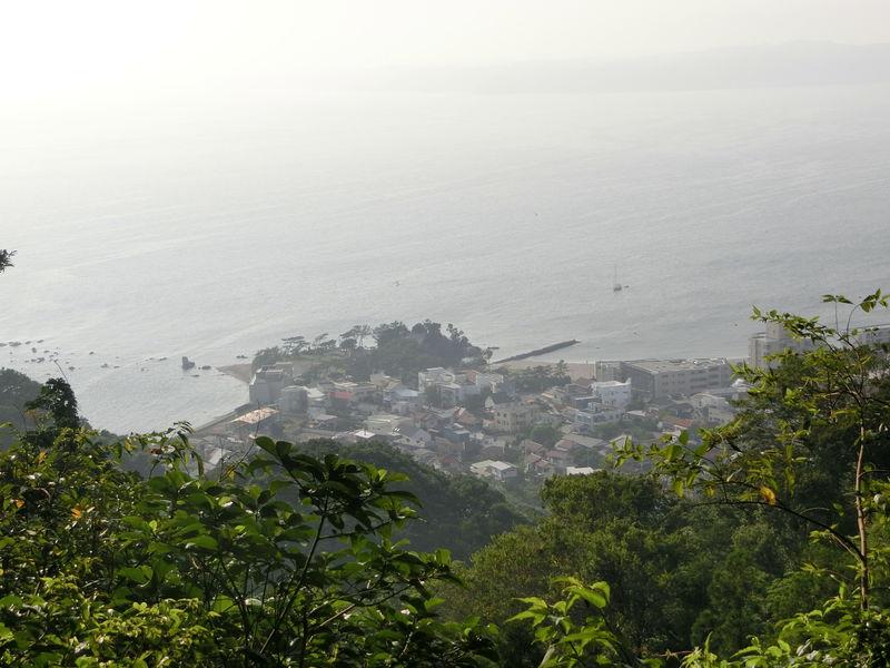 神奈川「はやま三ヶ岡山緑地」で尾根道を体験!山頂からの眺めは爽快