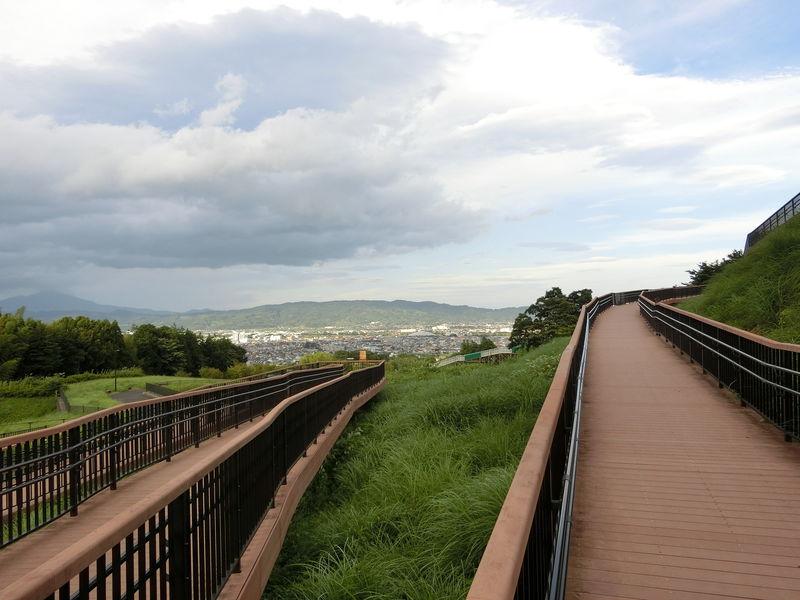 雄大な山麓の麓で気分爽快!神奈川「おだわら諏訪の原公園」
