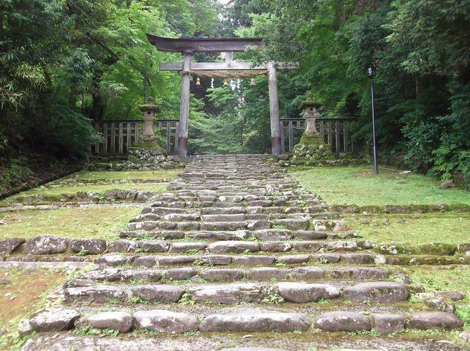 平泉寺白山神社・・ここはお寺?神社?