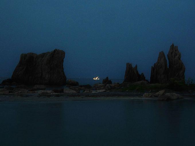 実は橋杭岩の夕景も幻想的でグッド!