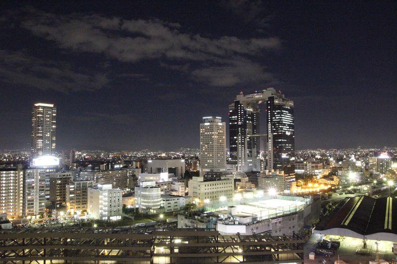 大阪駅から徒歩5分!「ハートンホテル西梅田」で快適な大阪観光を