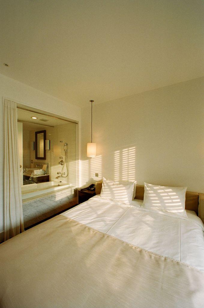 空気感までも演出されたくつろげる客室