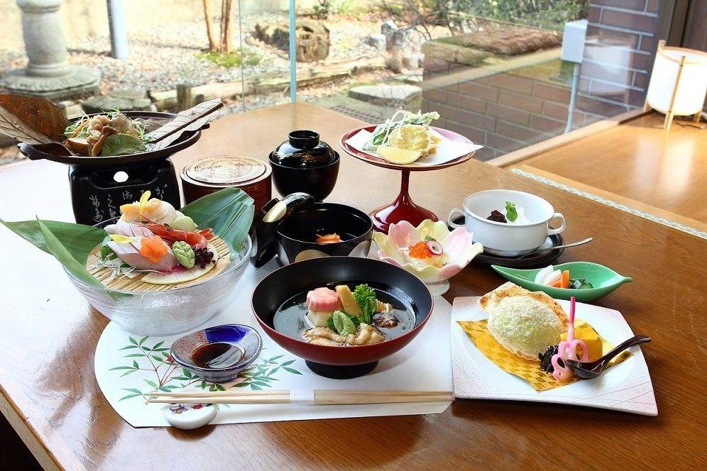 金沢名物が堪能できる食事処「食彩 雪づり」