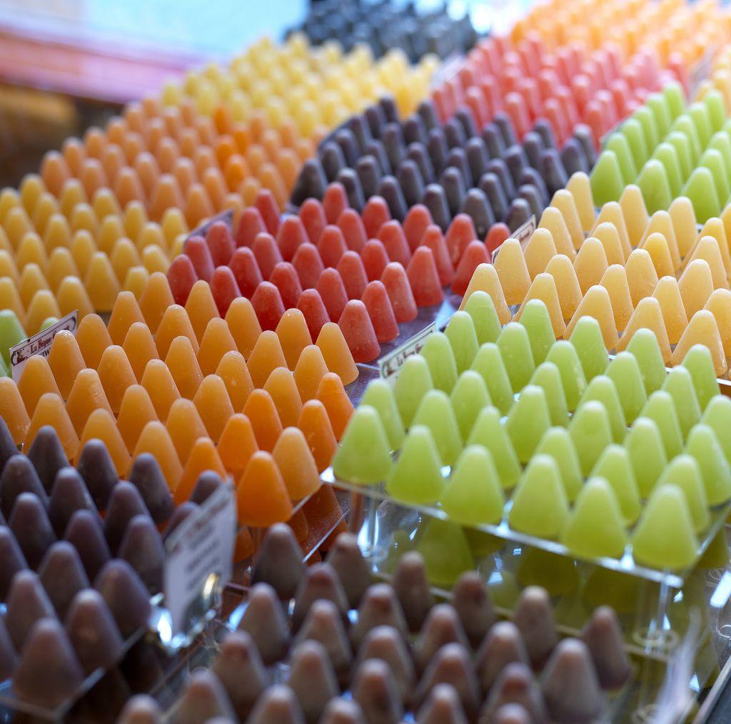 お土産の新定番!べルギー伝統菓子「キュベルドン」