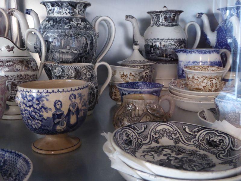 全部欲しくなる!ベルギー王室御用達陶器「KERAMIS(ケラミス)」美術館