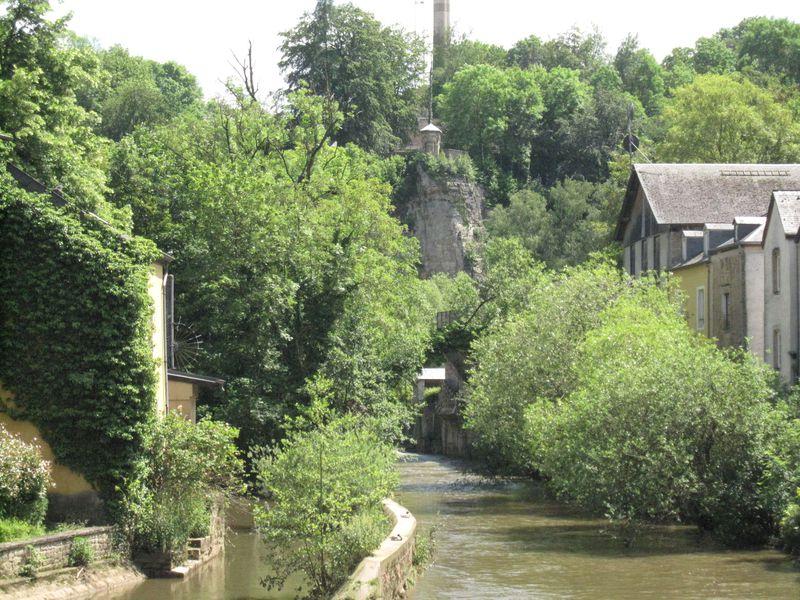 楽々観光の裏技も!ルクセンブルクの世界遺産「その古い街並みと要塞群」