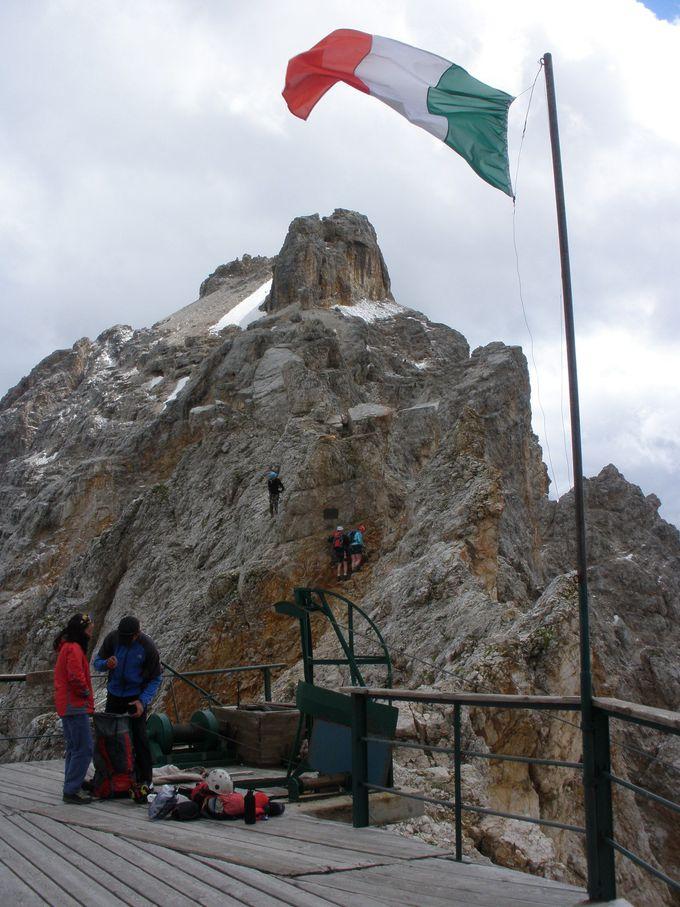 クリスタッロ山頂上で