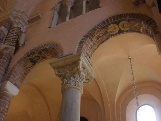 観光の目玉、聖トリプン大聖堂