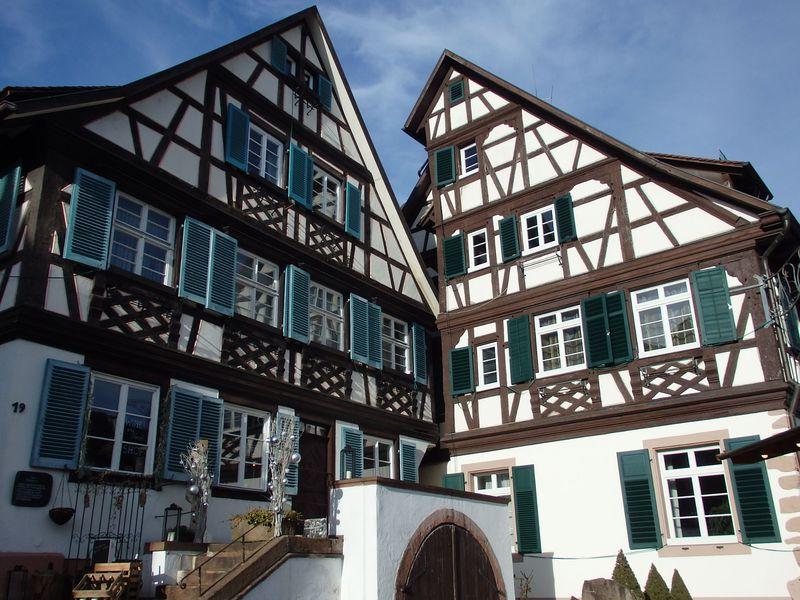 ドイツ黒い森の秘宝「ゲンゲンバッハ」!ロマンチックな木組みの世界を満喫