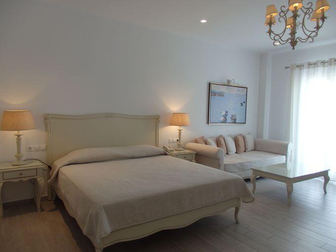 改装後の静かでゆったりした綺麗な寛ぎのお部屋!