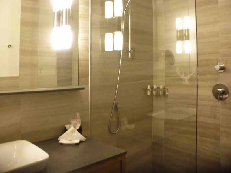 豊富なバスアメニティ!トイレは別室でゆったりシャワー♪