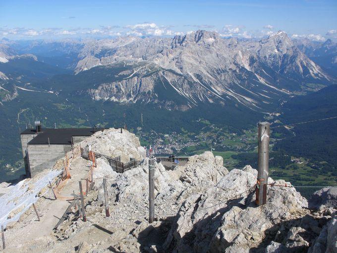 コルチナの町から最高峰のトファーネ山へ!