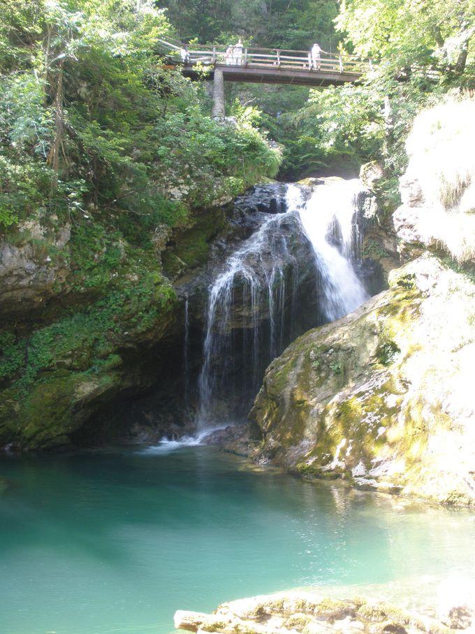 自然美に溢れるヴィントガル渓谷!最奥の滝までハイキング