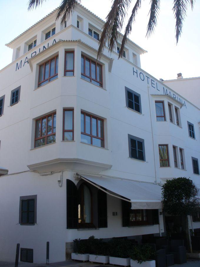 海岸を見下ろすホテル・マリーナ!トラム駅から徒歩1〜2分