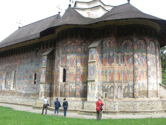 唯一戦闘場面が一角に描かれたモルドヴィツァ修道院
