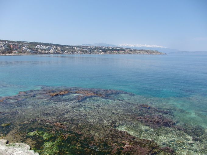 クレタ島第3の都市レシムノ!海の絶景を見渡す城塞も見ごたえあり!