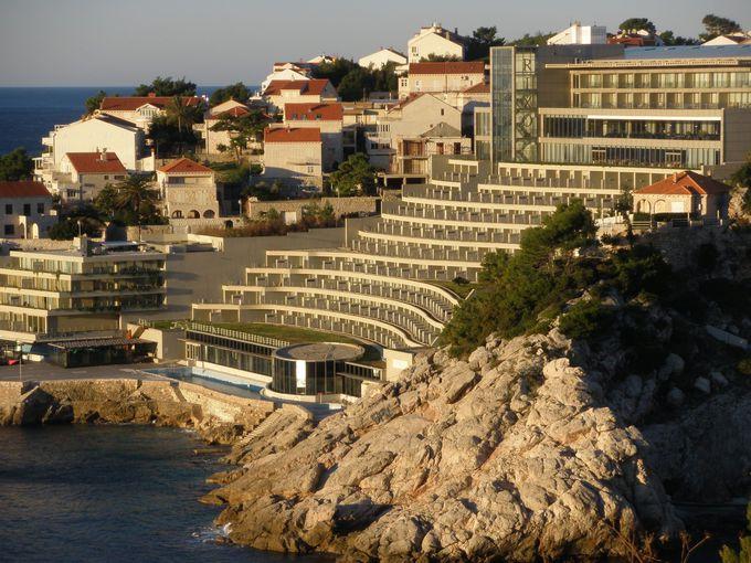 アドリア海の絶景を見下ろすロケーション