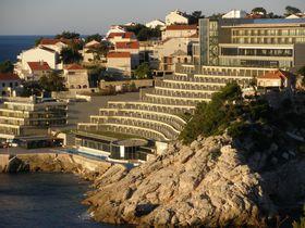 世界遺産ドブロヴニク!アドリア海の絶景目前の5つ星ホテル「リソス・リベルタス」