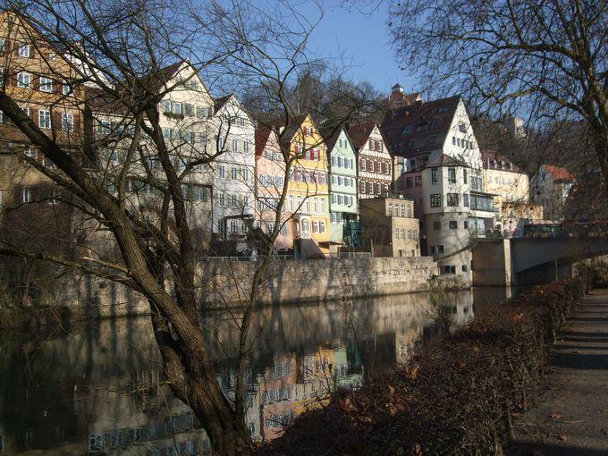 ネッカー河畔の美しいカラフルな木組みの町・チュービンゲン