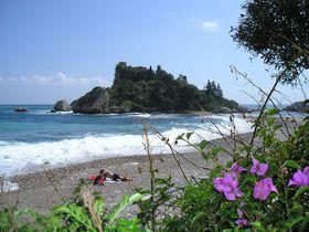 伊シチリア島のタオルミーナは風光明媚な高級リゾート地!断崖絶壁からの絶景を楽しもう!