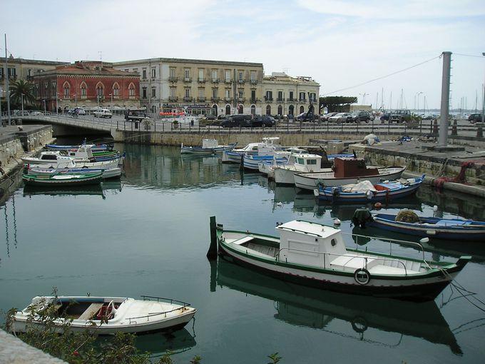リゾート地として生まれ変わったシラクーサの中心地・オルティジア島