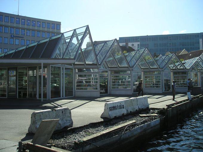 港町ならではの魚市場